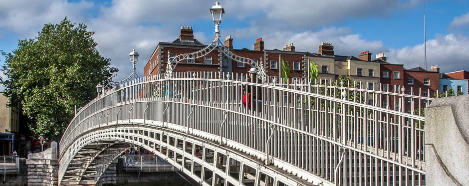 half penny footbridge river liffey
