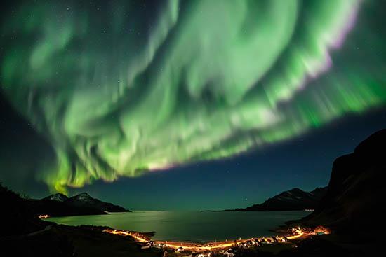 Title : Aurora Borealis or Northern Lights, Kvaloya, Troms Norway